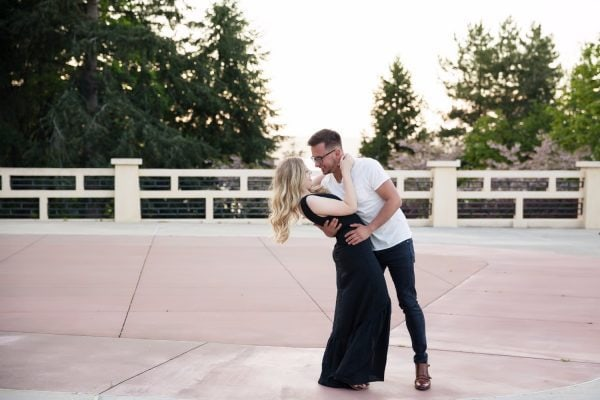 couple dancing Smirnova Photography by Alyssa