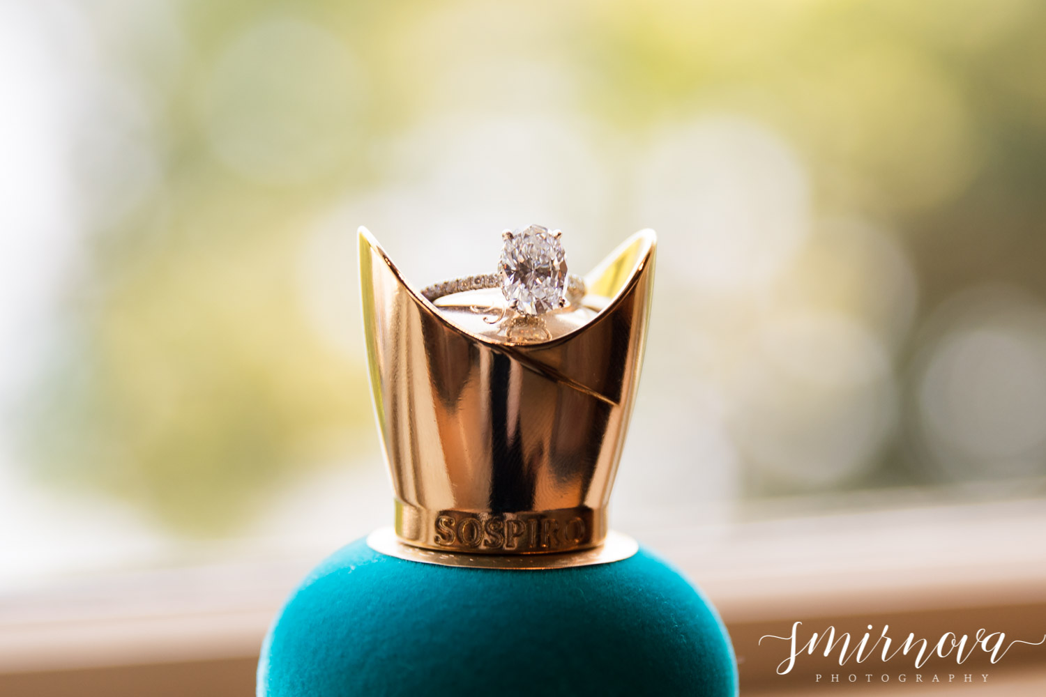 wedding engagement ring Smirnova Photography by Alyssa
