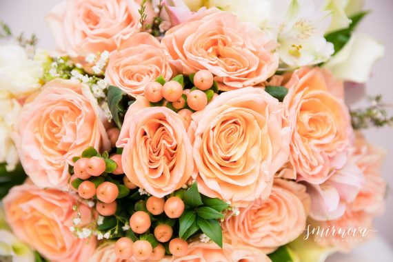orange rose bridal wedding bouqet